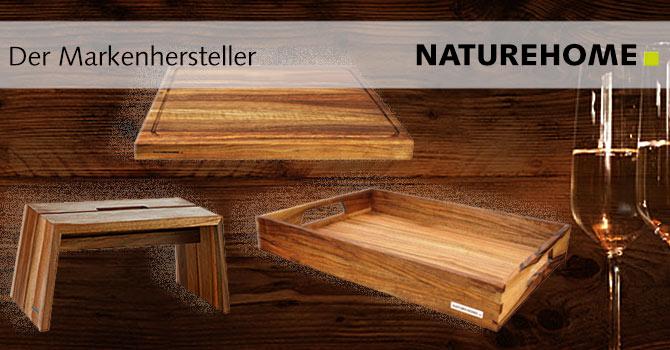 Festliches Nussbaum-Holz